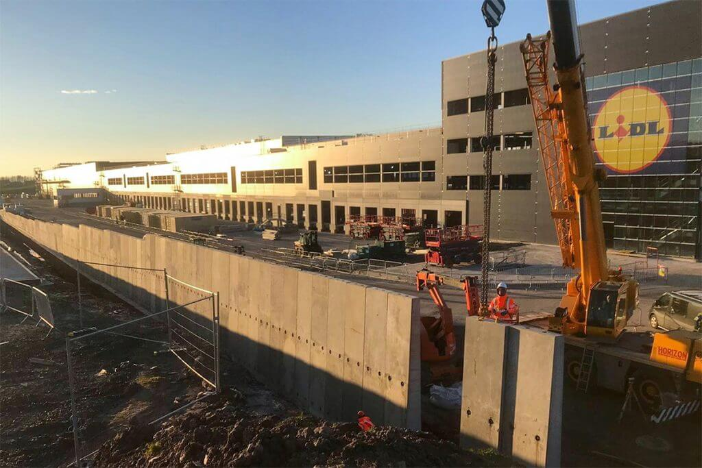 Precast Concrete Retaining Wall Construction